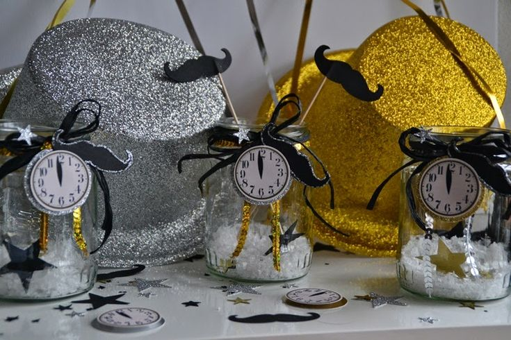 die besten 25 neujahr deko ideen auf pinterest neujahr deko basteln neujahr geschenk basteln. Black Bedroom Furniture Sets. Home Design Ideas