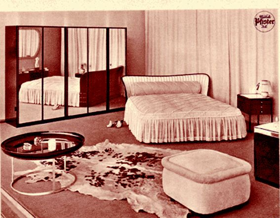 Pfister - The 40s, bedroom