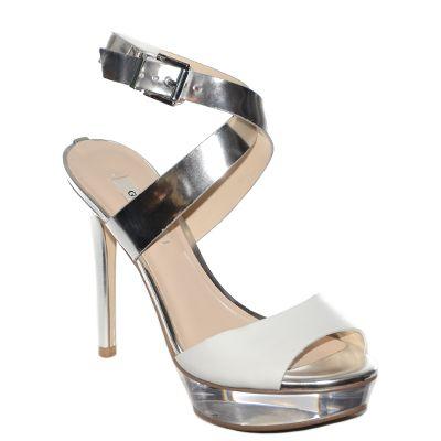 #sandalo coon platau e tacco alto in pelle bianca e pelle laminata argento di #Guess  http://www.tentazioneshop.it/guess/sandalo-kiwa-silver-guess.html