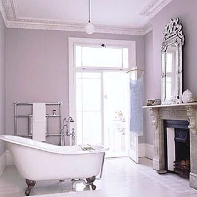 In love with the claw foot bathtubs!!: Fireplaces En, Foot Bathtubs, Free Stands Clawfoot, Bath Tubs, Brabourn Farms, Bathroom, Inspiration Bedrooms, Styles Inspiration, Sets Inspiration