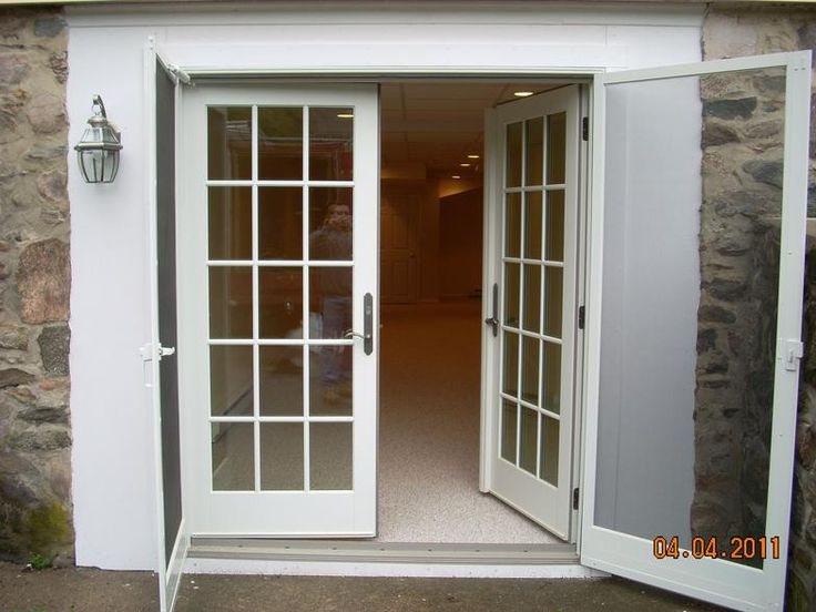 67 best images about garage mudroom ideas on pinterest for Best windows for a garage