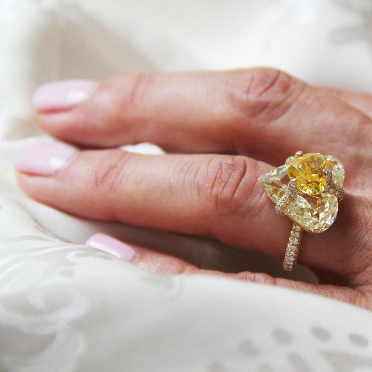 Boghossian heart-shaped yellow diamond high jewellery ring with diamonds.http://www.thejewelleryeditor.com/jewellery/article/boghossians-daring-creations-are-perfect-reason-visit-masterpiece/ #jewelry