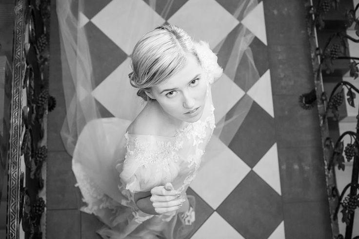Me as a model on Ewa Kyrcz Luxury & Art fashion fashion show. More on my blog: http://www.kolekcjonerkabutow.pl/2014/03/modelina.html #elikshoe #kolekcjonerka_butow #ewelina_bednarz