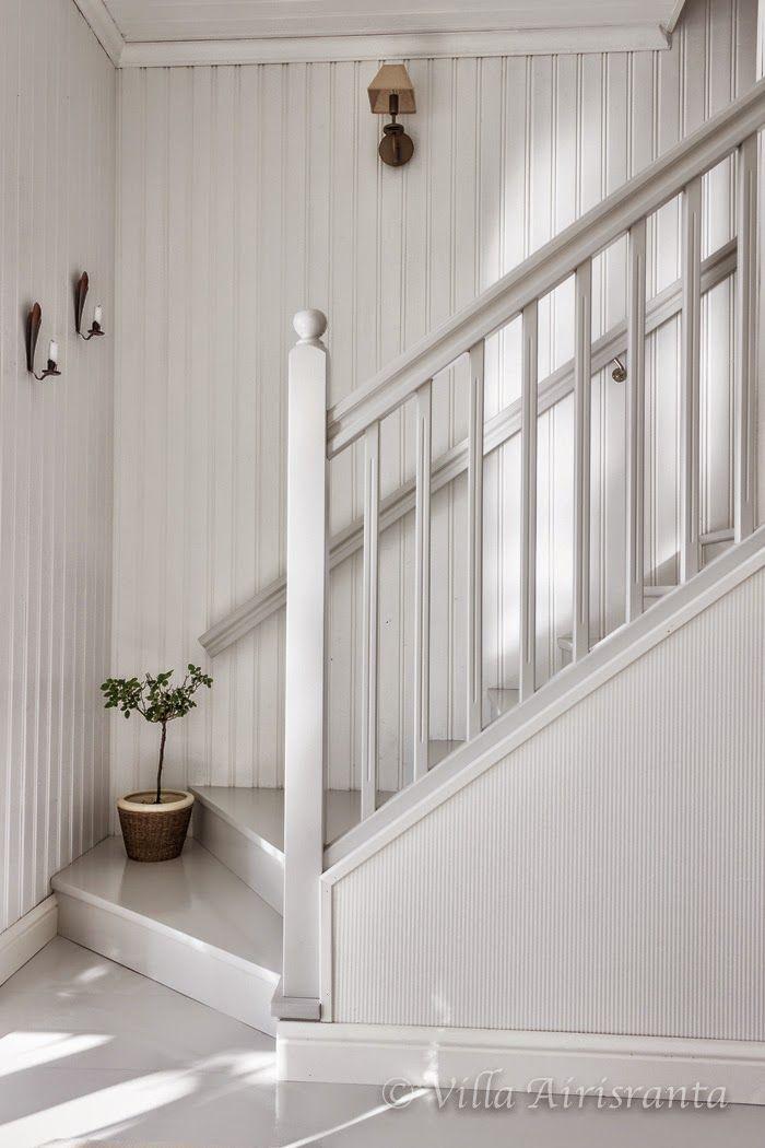 maalaisromanttinen, beautiful home, kaunis koti, vaalea sisustus, portaikko…