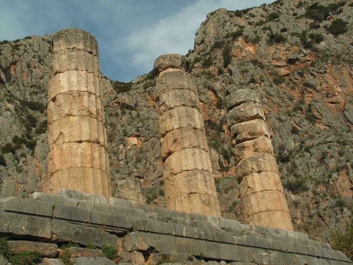 Delphi, Apollo Temple.