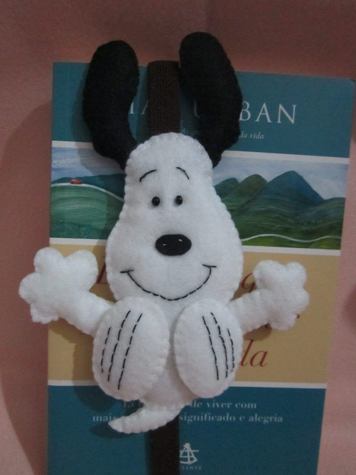 *FELT ART ~ Snoopy bookmark