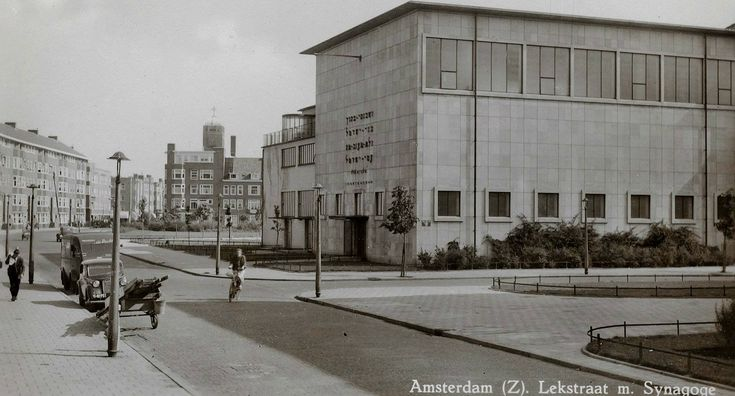 1938. A view of the Lekstraat in the Rivierenbuurt of Amsterdam. The Lekstraat runs between Waalstraat and Kromme Mijdrechtstraat. On the street are two historic buildings: the Lekstraatsynagoge and Remise Lekstraat. The Lekstraatsynagoge dates from 1937 and was the last synagogue built in Amsterdam before the German occupation. The Remise Lekstraat is a tram depot built in 1927 in Amsterdam School-style. It is still in use by the GVB. Photo Stadsarchief Amsterdam. #amsterdam #1938…