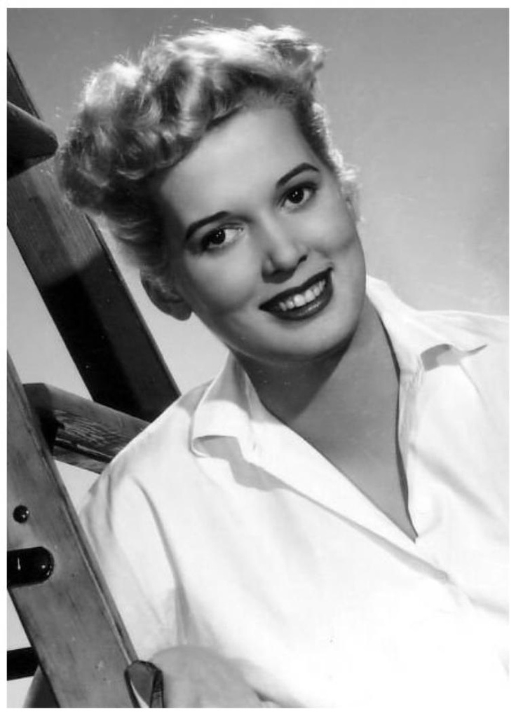 """Beverly MICHAËLS '50 (28 Décembre 1928 - 9 Juin 2007.Was an American """"B""""-movie actress and cheesecake-model of the 1950s.Arriving in Hollywood in 1948, Michaels standing at 5' 9"""", quickly found modeling work, in which she was mistakenly billed as """"Beverley Michaels"""". Later the same year, she had a brief role in the film East Side, West Side, and two years later had a minor role in the film version of Three Little Words.Beverly Michaels died of a stroke on June 9, 2007 in Phoenix, Arizona."""