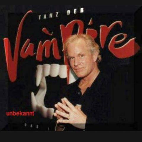 Tanz der Vampire :) #stevebarton #tanzdervampire #tdv #wien #vereinigtebühnenwien #vbw #vienna #rainundtheater #theater #theatre #musical #grafvonkrolock #krolock #artist #singer #dancer #actor #best #voice #for #the #count #graf #rip