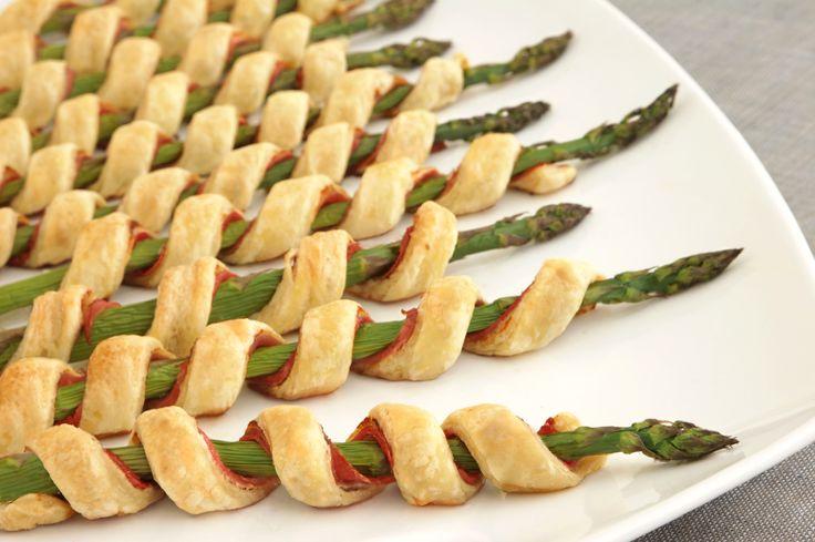Bladerdeeg spiralen met ham & asperges