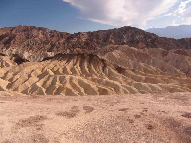 Viaggio nella Death Valley: il parco nazionale americano più incredibile da vedere! Vi sembrerà di essere atterrati su un altro pianeta! http://www.viaggi-usa.it/visitare-death-valley/