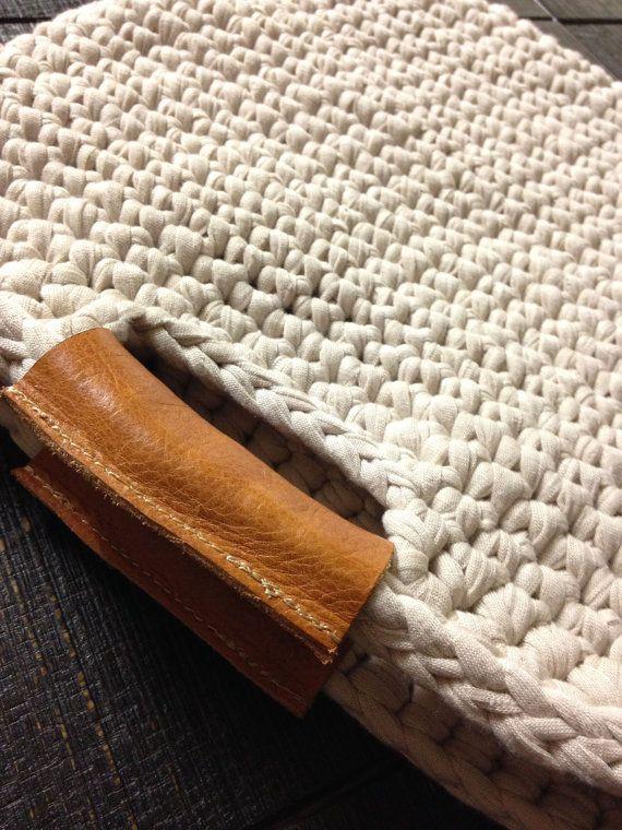 Chunky crochet bag with real leather handles, crochet case, trendy crochet bag…