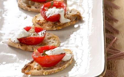 Bruschetta med honningbagte tomater