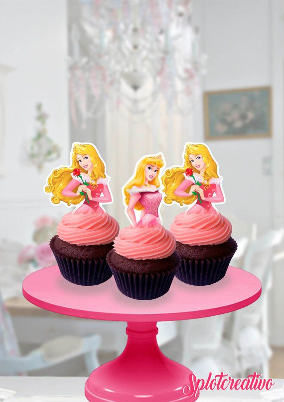 Cupcake Topper Sleepy Beauty and Pets! Whisker haven, Bloom, Beauty, Aurora. Disney Princess Aurora. / Topper de torta de la Bella Durmiente y sus mascotas Bloom y Beauty.