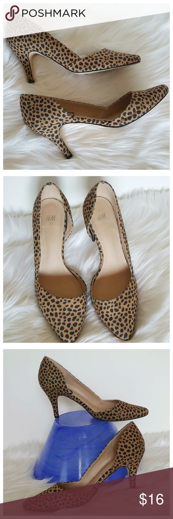 "H&M Leopard Print Pump Heels 37/7 Cute, flirty animal print pumps from H&M. Size – US 7, EUR 37. Kitty 2"" heel. Pre-loved in very good condition with minimal wear on bottoms (shown in pics). Perfect to pair with skinny jeans, leggings, skirt or dress, so versatile. H&M Shoes Heels"