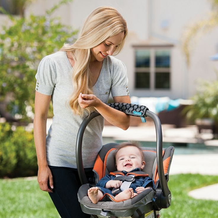 Modern, lightweight material provides cushioning when carrying an infant car seat. Admittedly car seats are not the easiest things to tote around, especially as baby grows. Our Neoprene cushioning softens the stress on hands and arms when carrying a car seat.