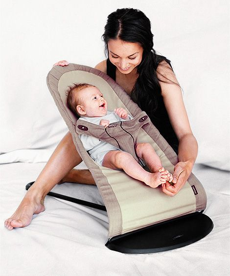 ... . Fun and soothing at the same time. - BABYBJÖRN Babysitter Balance