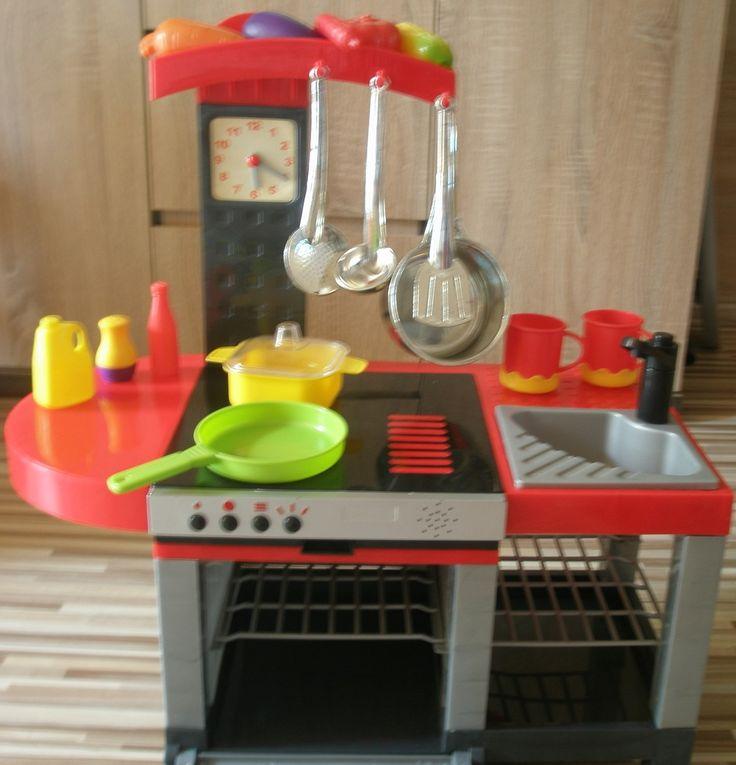 Kto się nie bawił w kuchnie jak był mały? Na pewno każdy! :) teraz możecie pobawić się wraz z Waszymi pociechami :) Stan idealny, masa akcesoriów :)  #Dzieciociuszek #zabawki #zabawa #mamo #tato #pobawsiezemna #kuchnia #gotujemy #radocha #zaciesz