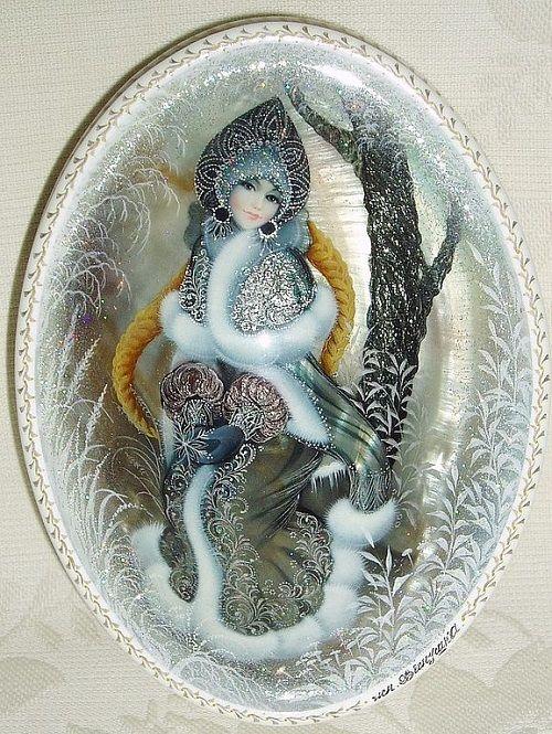 Snowmaiden. Handmade Jewelry box by Russian artist Vesnushka