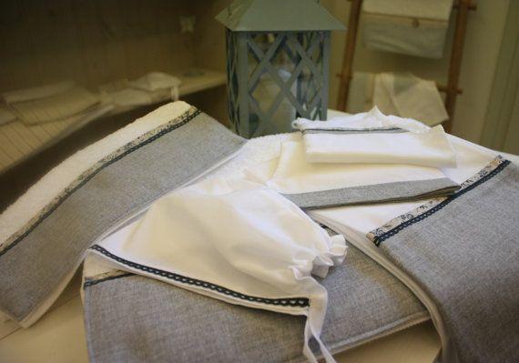 Συλλογή Βάπτισης Παιχνιδιάρικο Φαλαινάκι #Σετ Λαδόπανα #Λαδόρουχα   #Baptism #Christening Undergarment Set #Ladopana #Chrisoms #Towel Set #Christening Contents #Lathopana #Linen Baptism Towel Set #Little Whale Baptism Set