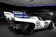 ブースにはポルシェのレースカーも展示。今年のル・マン24時間レースでクラス優勝した911RSR(写真上段)と1971年の917-5.0(写真下段)がその2台になる