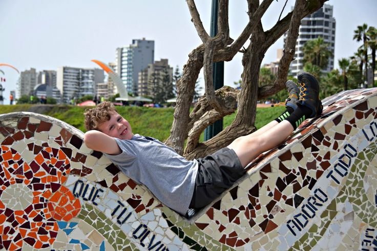 """Lima, Peru with kids: don't miss the famous """"Love Park."""""""