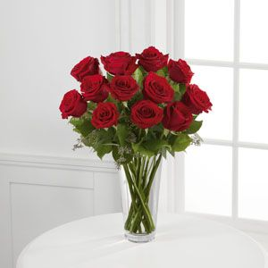 Keep it traditional with the FTD® Red Rose Bouquet | Order now at 602-507-4200