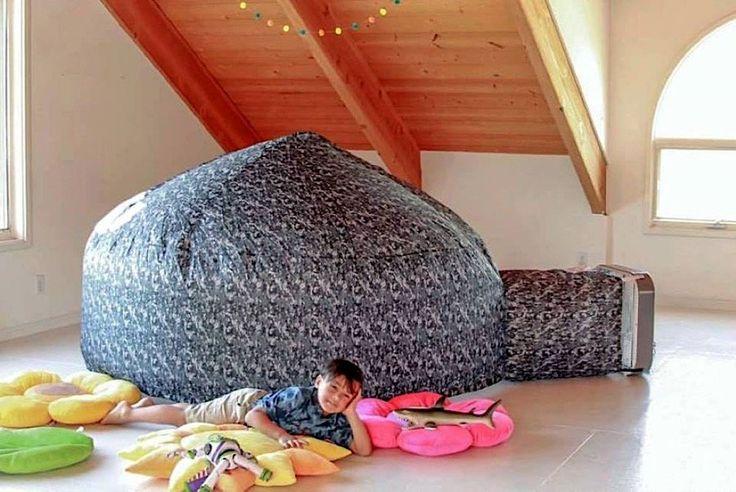 Das Air Fort ist ein aufblasbares Zelt  Sich eine Höhle aus Decken oder Bettbezügen zu bauen, gehört wohl mit zum Coolsten, was Kinder in ihrer Freizeit anstellen können. Die beiden De...