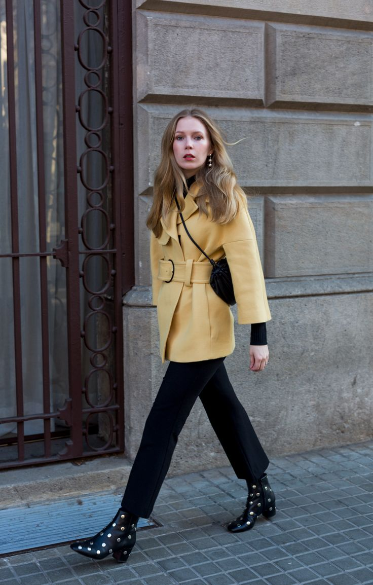 Spring feelings Two new favorites that I brought back with me from my trip to Barcelona: The perfect pale yellow jacket & a beautiful pair of studded Bimba y Lola boots. One thing I forgot to bring back? The weat http://www.fashionsquad.com/spring-feelings-2/