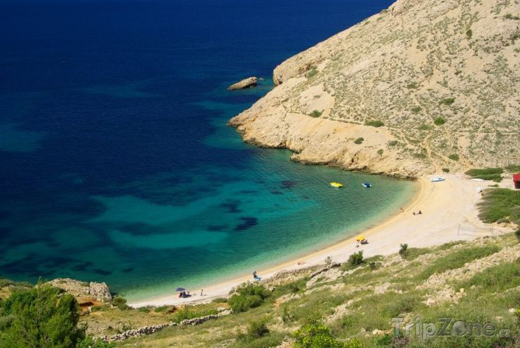 Fotka, Foto Ostrov Krk, pláž u vesnice Stara Baška (Chorvatsko)