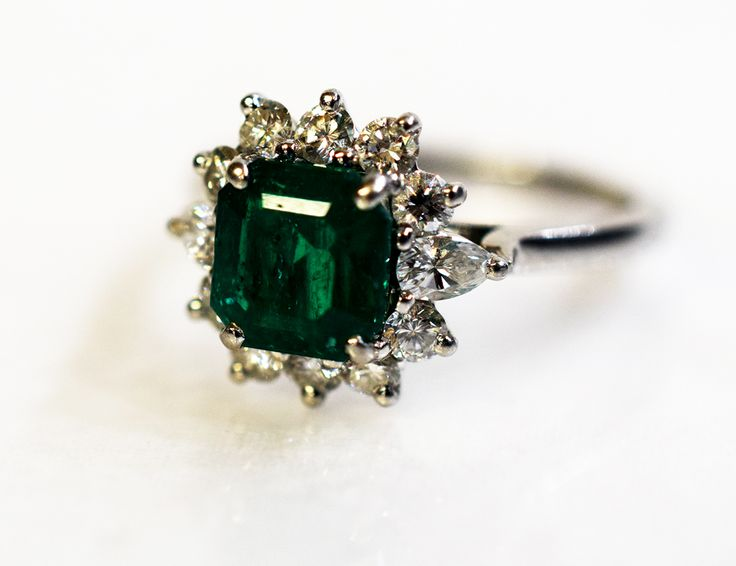 A burst of green on this cold March day. #emerald #vintage #diamond