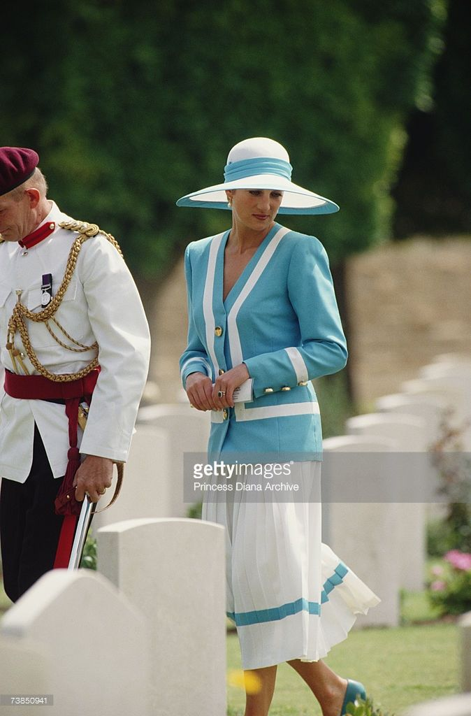 Princess Diana (1961 - 1997) wearing a Catherine Walker suit with a hat by Philip Somerville on a visit to the Heliopolis War Cemetery in Cairo, 15th May 1992.
