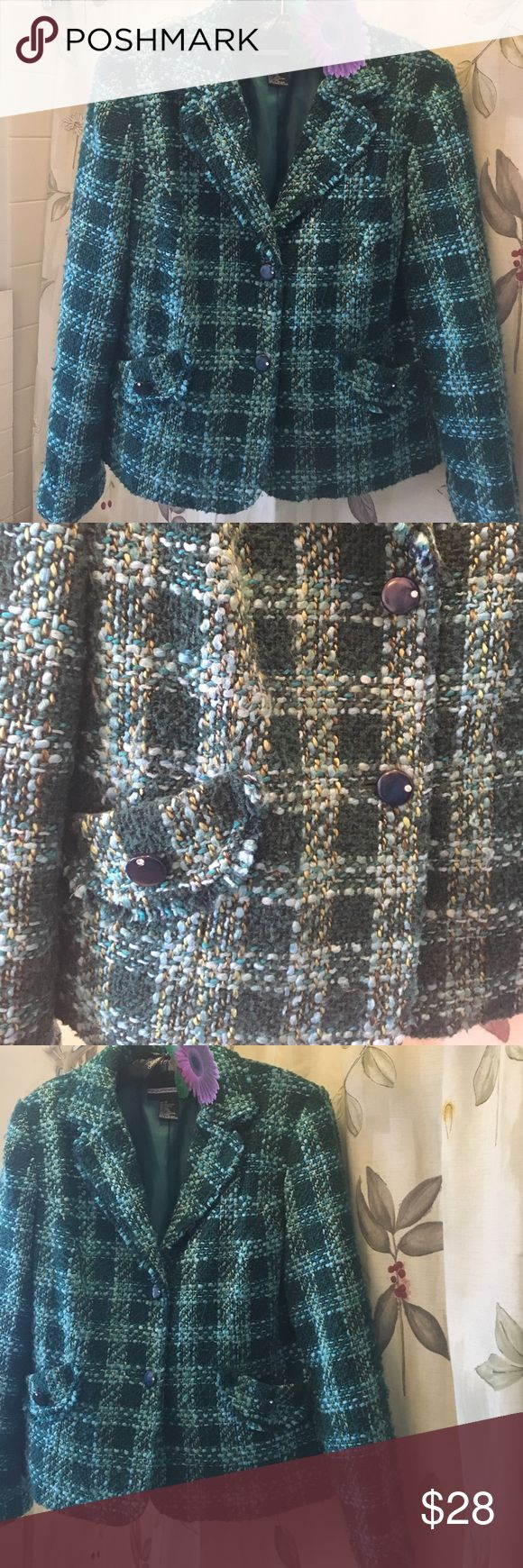 Irish luck score this Blazer Made by Requirements size 12 beautiful green and lite blue Tweed with royal blue buttons with rhinestones - pockets on each side requirements Jackets & Coats Blazers