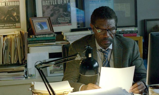 "Vondie Curtis Hall as Ben Urich in Netflix's ""Daredevil"""