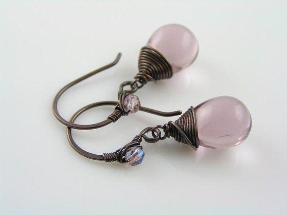 Paarse oorbellen, zachte paarse Tsjechisch glas Teardrop oorbellen van ebben hout draad koperen sieraden verpakt-oorbellen, handgemaakte ambachtelijke oorbellen van ebben hout