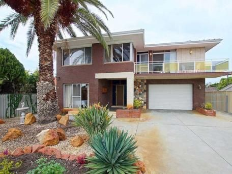 60's home, mid century modern, palm tree