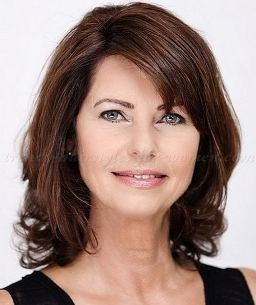 Trendy medium-length hairstyles for mature women | For appointments at Stewart & Company Salon, call (404) 266-9696.
