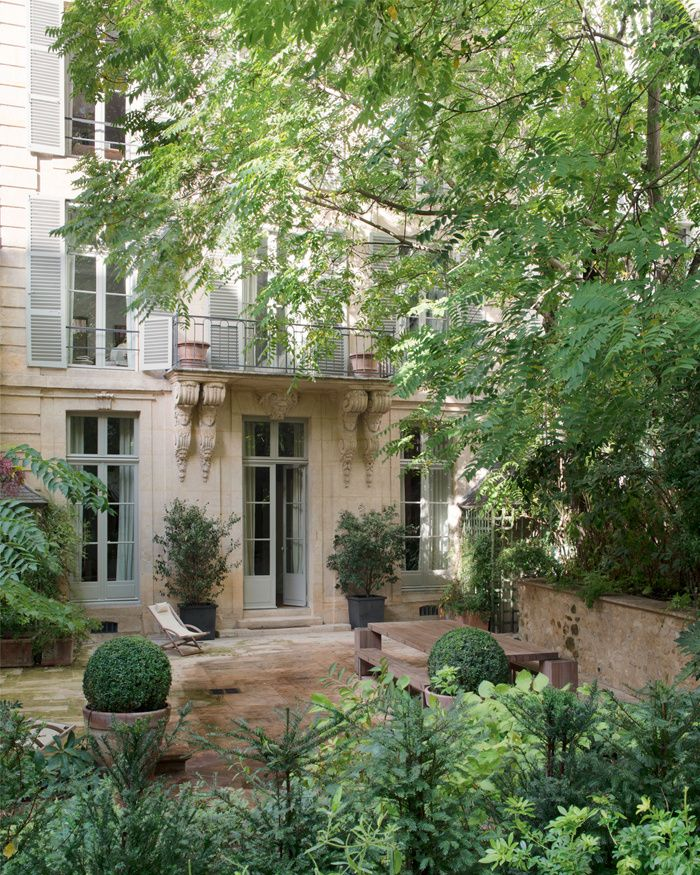 Built in 1718, Eighteenth-century townhouse hotel enjoys a private cobbled courtyard, Paris