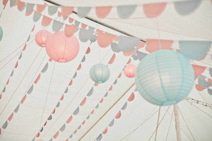 paper dollie wedding | Pastel Colours for a 1950s Inspired Wedding: Emily & James · Rock n ...