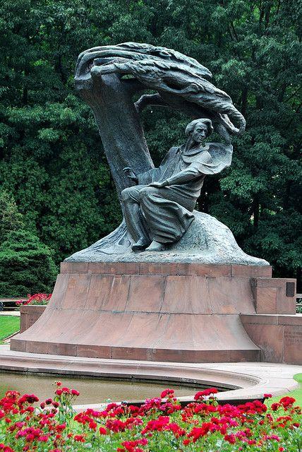Varsavia, Chopin by ewewlo, via Flickr