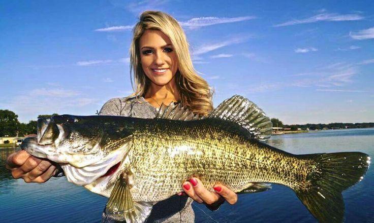 36 best brooke thomas images on pinterest bowfishing for Brooke thomas fishing