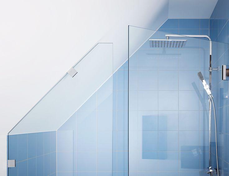 Blått och vitt badrum - INR
