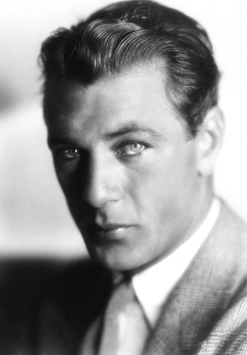 Gary Cooper, 1920. Holy moly, he was suck a looker. One of the best looking men in Hollywood...ever....