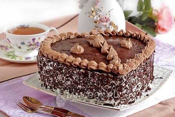 Фото торта с вишней и сливочным кремом