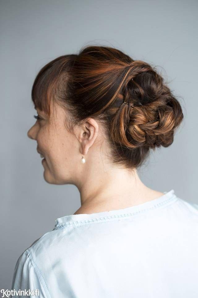 Lettinutturaan tarvitset vain kaksi hiuslenkkiä ja kasan pinnejä. Valmista syntyy nopeasti.