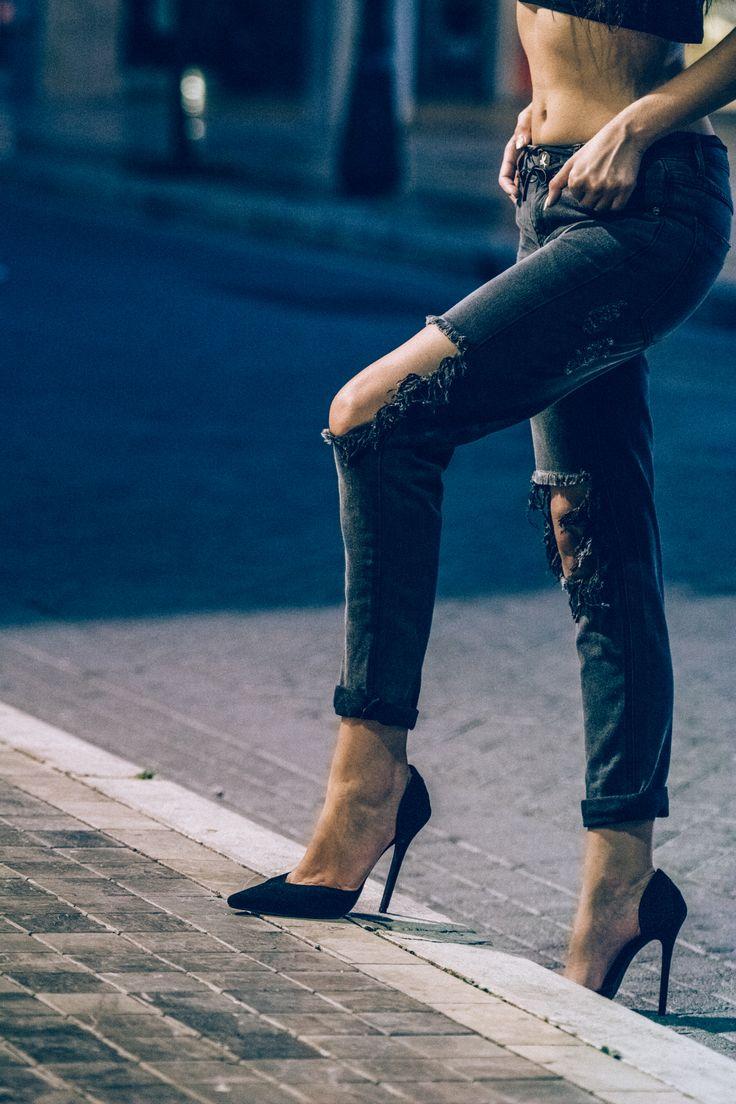 Killer jeans! http://www.jeanious.com.gr/brands/oneteaspoon/