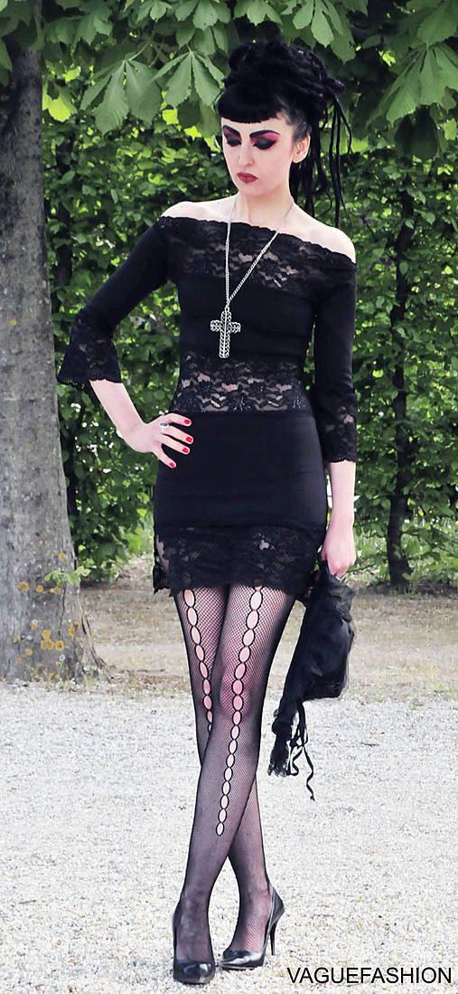 Lady in Black by CARACLOVIS on Etsy