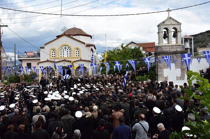 Θρήνος και συγκίνηση: «Αντίο ήρωα» είπε με δάκρυα στα μάτια το Ναύπλιο στον Κωνσταντίνο Πανανά