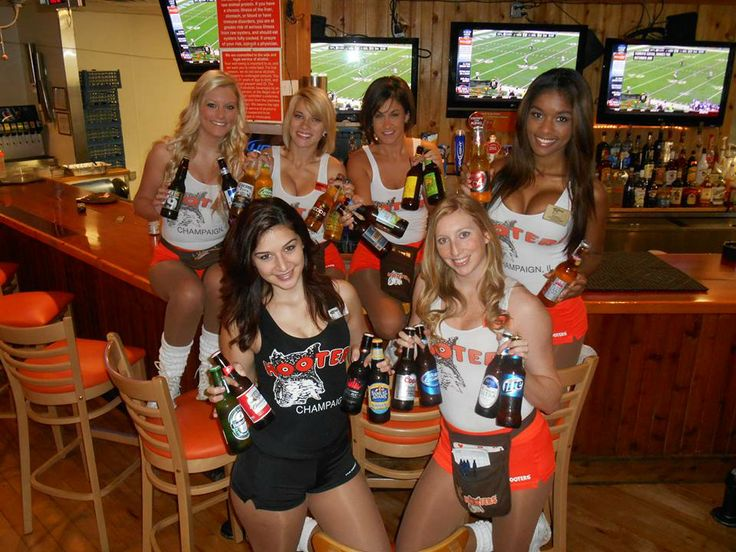 Champaign Il Hooters Girls Illinois Hooters Pinterest