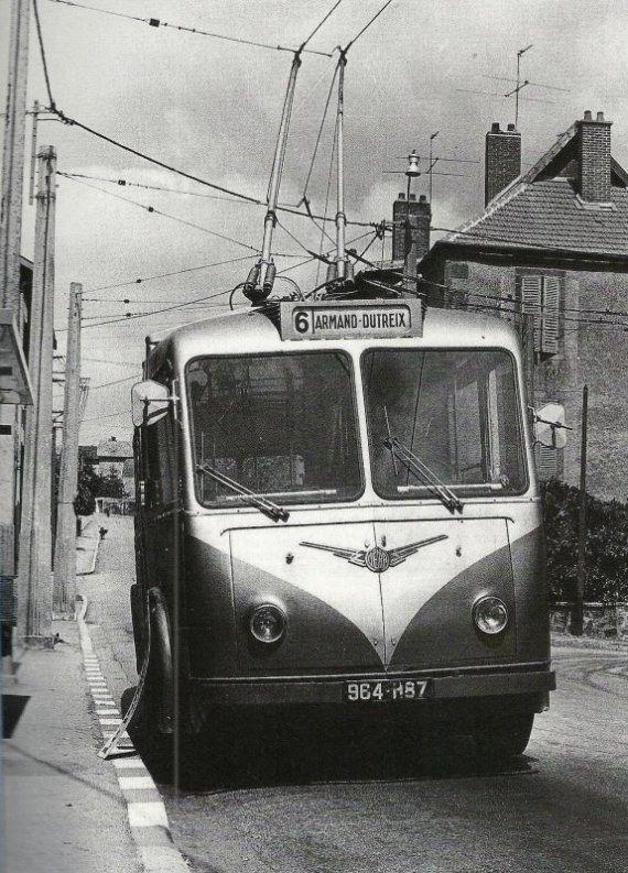 Limoges Autrefois Les Trolleys Regions Francaises Voitures Anciennes Train Electrique